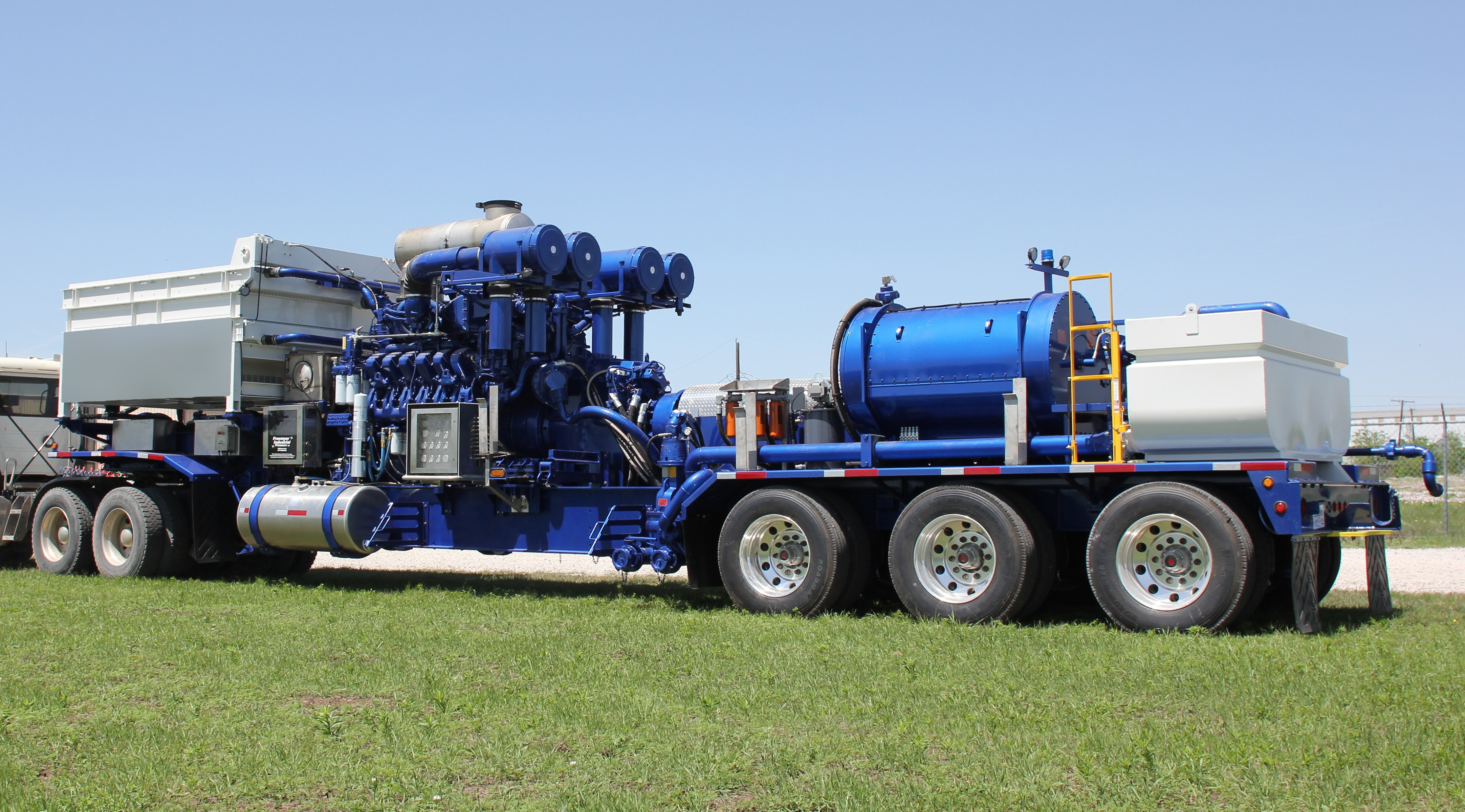 Frac Pump With Twin Disc Driver Side